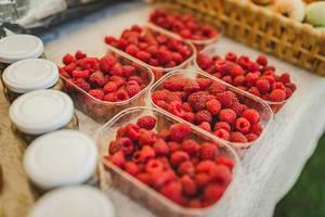 Fresh Boxes Of Rasberries On Martketplace (Flip 2019)