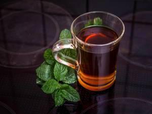 Fresh mint tea on the hotplate