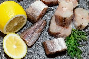 Fresh sea fish with lemon slices and dill  Flip 2019