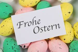 Frohe Osternm message on Easter eggs