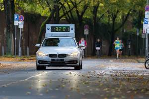 Führungsfahrzeug BMW 330e - Köln Marathon 2017