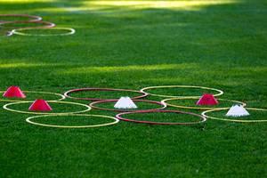 Fußballtraining mit Koordinationsringen