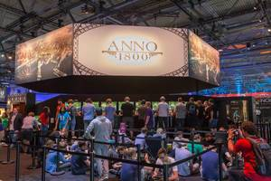 Gamers playing Anno 1800 at Gamescom 2018