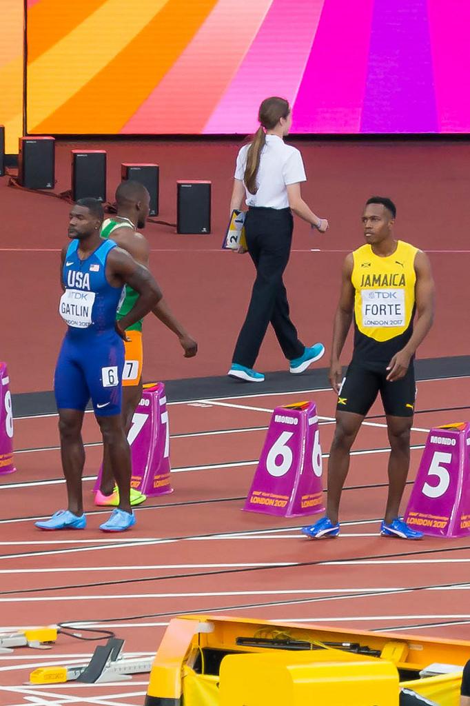 Gatlin und Forte beim 100m Vorlauf
