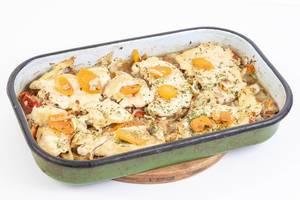 Gebackene Hühnerbrust mit Karotten im Backblech