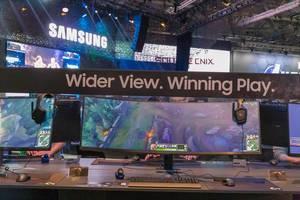 Gebogener Gaming-Bildschirm Samsung CRG9, 27-Zoll-QHD im 16:9-Format