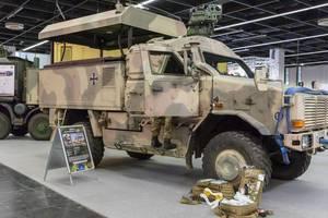 Geländewagen des Militär Dingo 2 GSI mit Wüstentarnung