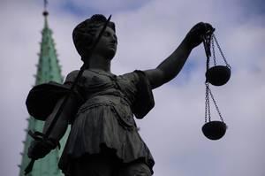Gerechtigkeitsbrunnen.jpg