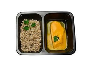 Gerste und Hähnchenbrust in Orangensoße