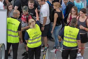 Gesperrte Rolltreppen auf der Gamescom: Besuchermassen werden umgeleitet