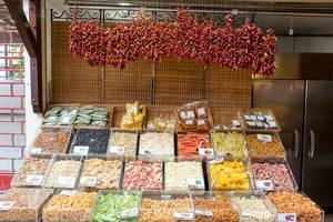 Getrocknetes Obst auf dem Mercado dos Lavradores in Funchal