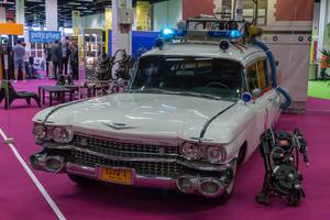 Ghostbusters Auto Ecto-1 und Proton Pack