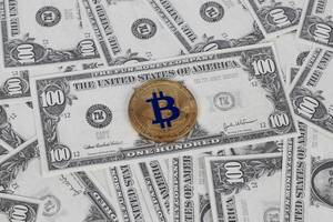 Golden Bitcoin is on US dollar notes