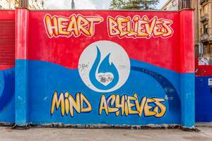 Graffiti sign - Heart Believes, Mind Achieves
