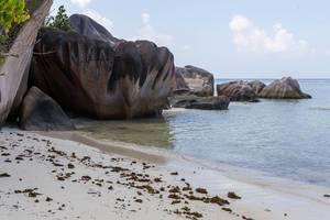 Granitfelsen an der Bucht von Anse Source d