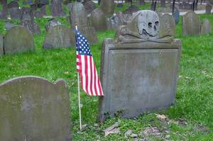 Grave with Skull and Flag @ Granary Burying Ground