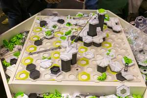 Gravitrax spielerisch Schwerkraft erleben auf der Spiel in Essen