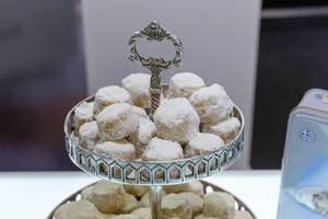 Greek pastry: Kourabie Bites with almonds without added preservatives, by Chrisanthidis Delights