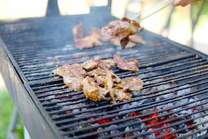 Grilled lamb pastrami chops
