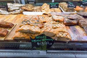 Grilled salmon with parsley at Chicago French Market