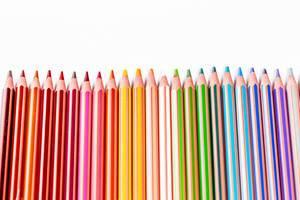 Großer Satz an farbigen Buntstiften / Farbstifte für Kinder