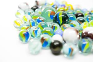 Group of big and small marbles (Flip 2019)