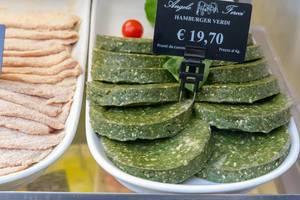 Grüne Hamburger Patties in Rom