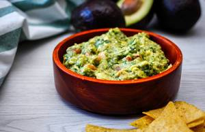 Guacamole with Tortillas Chips