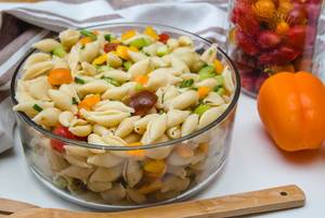 Healthy Pasta Salad with Vegetable