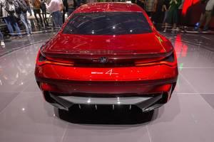 Heckansicht des roten BMW Concept 4 Series Coupé