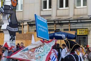 Hellige Knäächte un Mägde beim Rosenmontagszug - Kölner Karneval 2018