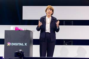 Henriette Reker at Digital X in Cologne as the city representative