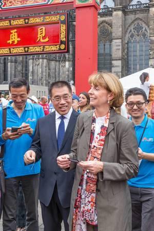 Henriette Reker auf dem Chinafest 2017 in Köln