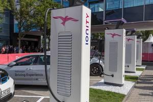 High Power Charging Ladedesäule von IONITY für Elektrofahrzeuge