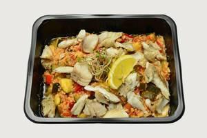 Hirse mit Fisch und Gemüse