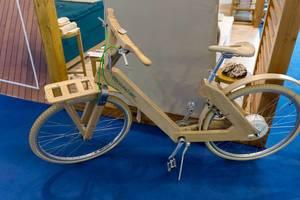 Holzfahrrad Athina von Coco-Mat bike - Boot Düsseldorf 2018