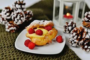Homemade eklaires with Raspberries