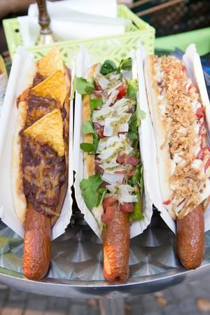 Hot-Dogs - Classic Dog, Italian Dog und Chili Cheese Dog