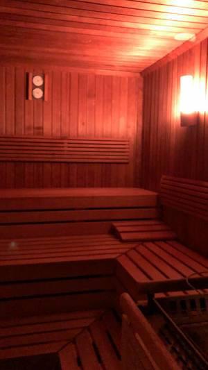 Hotel mit Wellnessbereich: Sauna im Luxushotel Bayerischer Hof in München