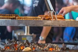 Huge sausage BBQ at Gamscom. Perfect fastfood while gaming