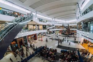 Innenansicht in dem Einkaufszentrum in Bacolod City