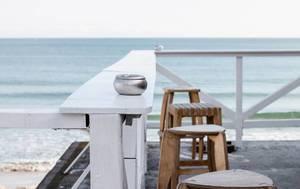 Innenaufnahme einer Strandbar