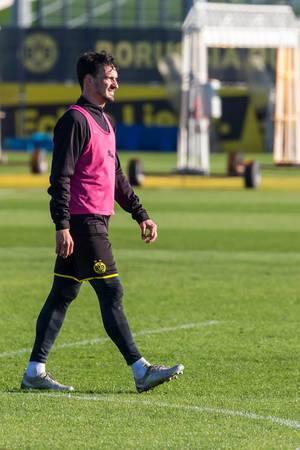 Innenverteidiger und ehemaliger Nationalspieler Mats Hummels in Einzelaufnahme beim BVB-Training