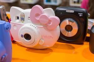 Instax Mini Hello Kitty und andere Sofortbildkameras von Fujifilm