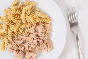 Integral Pasta mixed with Canned Tuna Fish (Flip 2019)