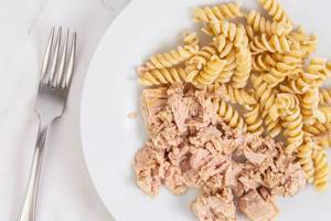 Integral Pasta mixed with Canned Tuna Fish