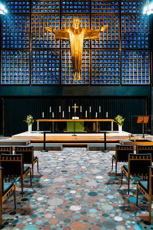 Interior of modern church FOYER an der Gedächtniskirche (Flip 2019)