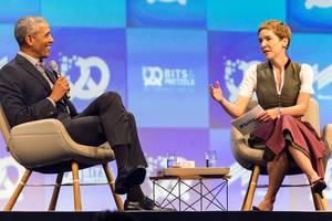 Interview von Britta Weddeling mit dem ehemaligen US-Präsidenten Barack Obama, auf der Bühne der Internet-Konferenz Bits & Pretzels