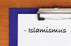 Islamismus text on clipboard