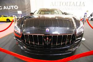 Italienisches Auto beim Bukarest Auto Show: Maserati Quattroporte S Q4, Aufnahme von vorne